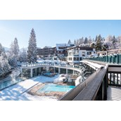 Hundehotel: ASTORIA RESORT Außenansicht Winter - ASTORIA RESORT Seefeld