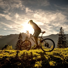 Urlaub-mit-Hund: Mountainbiken - CESTA GRAND  Aktivhotel & Spa