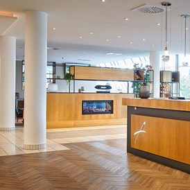 Urlaub-mit-Hund: Rezeption/Lobby - Atlanta Hotel International Leipzig