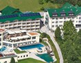 Urlaub-mit-Hund: Hotelansicht - Dilly´s Wellness-Golf-Familien-Ski Resort****S